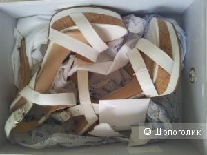 Guess сандалии