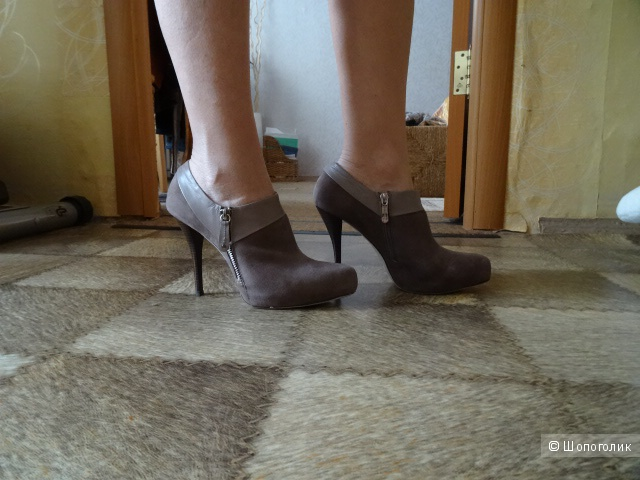 Ботильоны Laura Valorosa, оригинал, б/у, замша и кожа, разм.39-40
