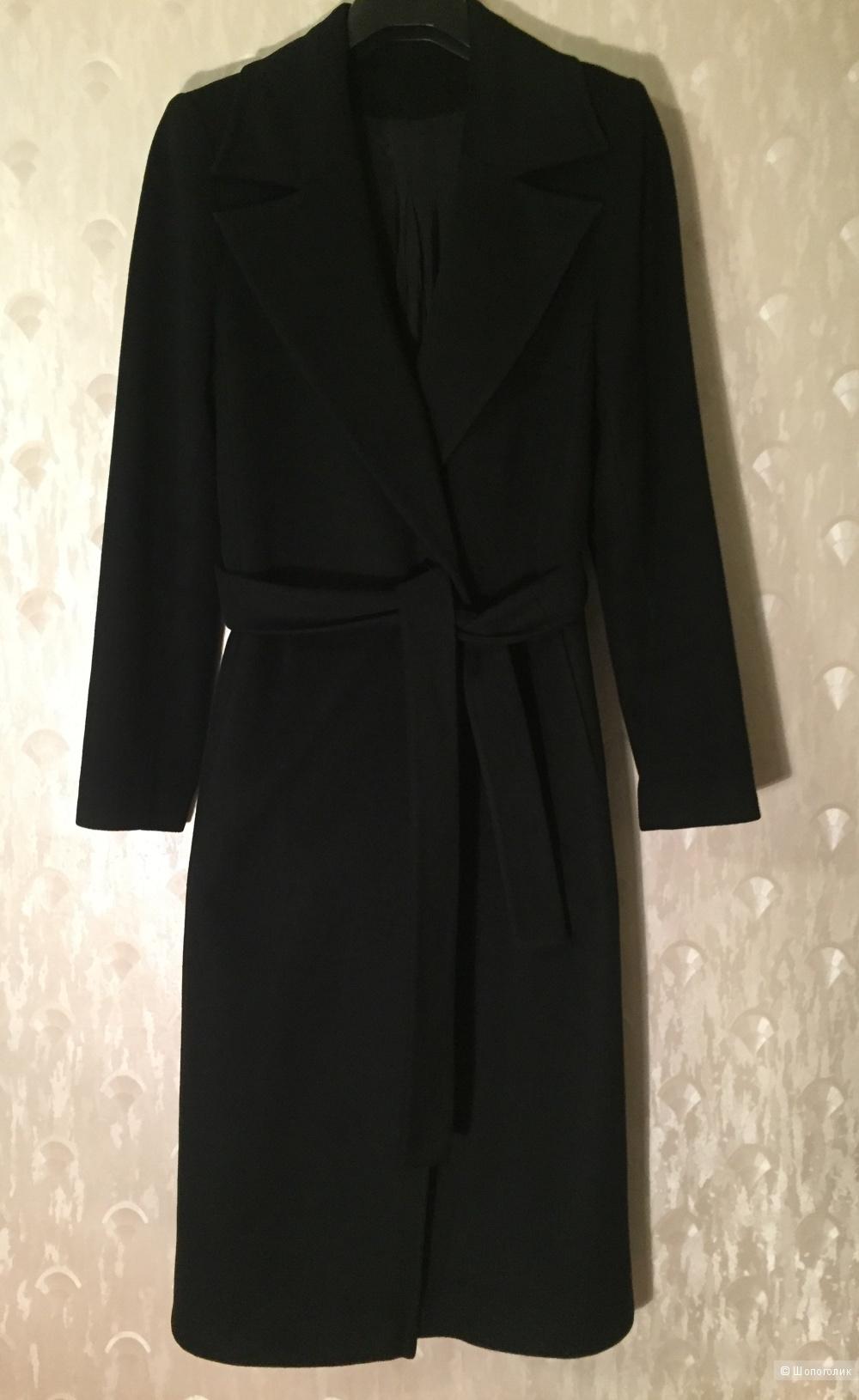 Черное осеннее пальто московской фабрики  Vesh, размер 44-46