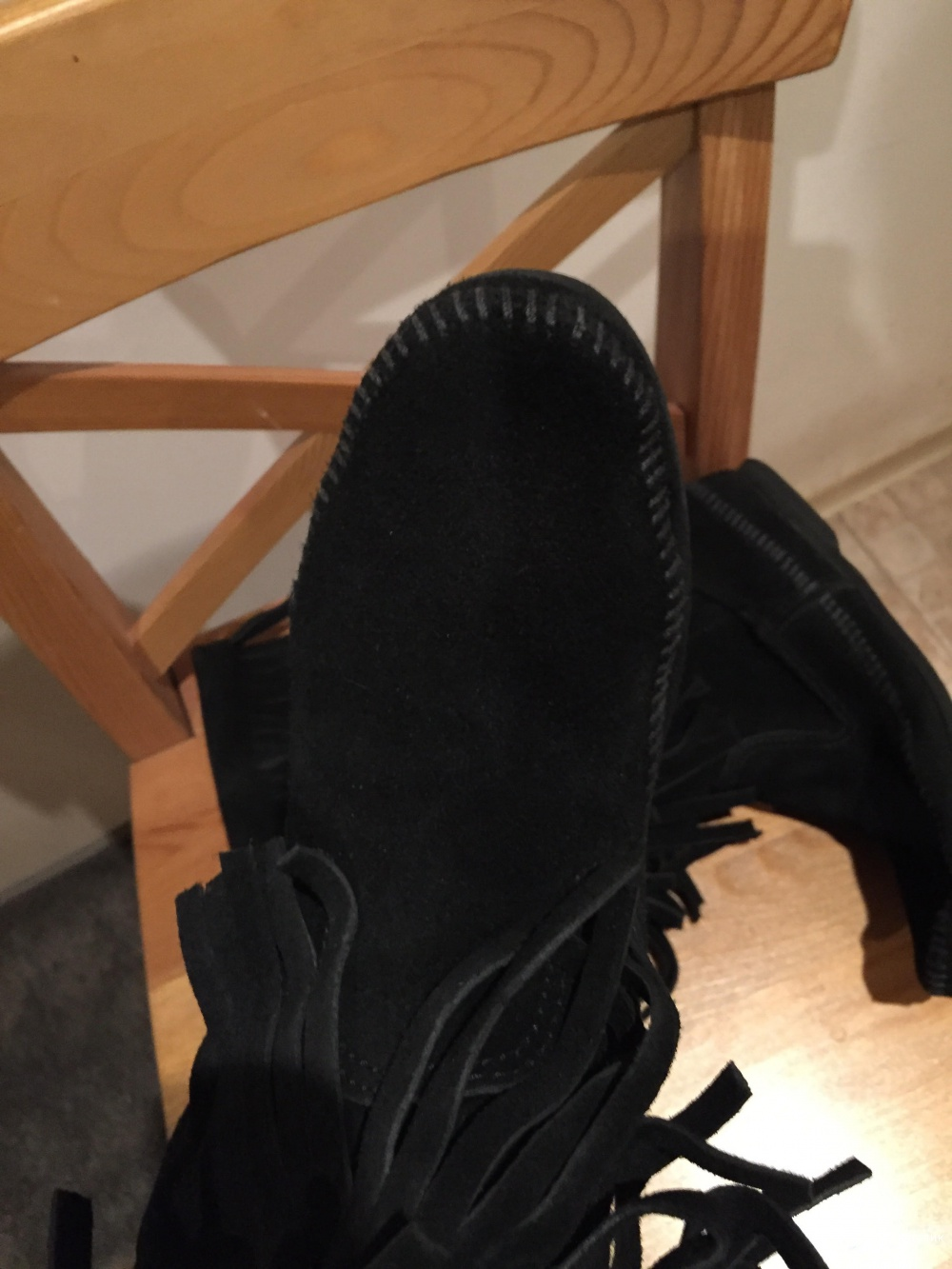 Сапоги MINNETONKA черные, замша с бахромой, размер 8US.