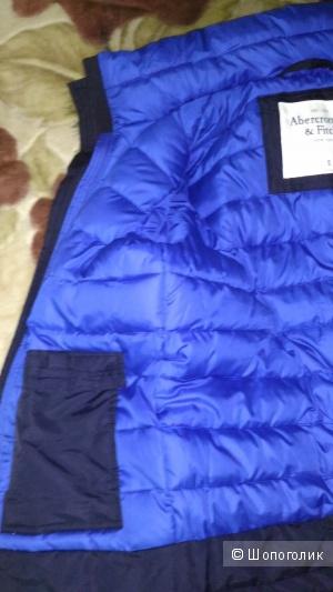 Мужская куртка Abercrombie&Fitch.