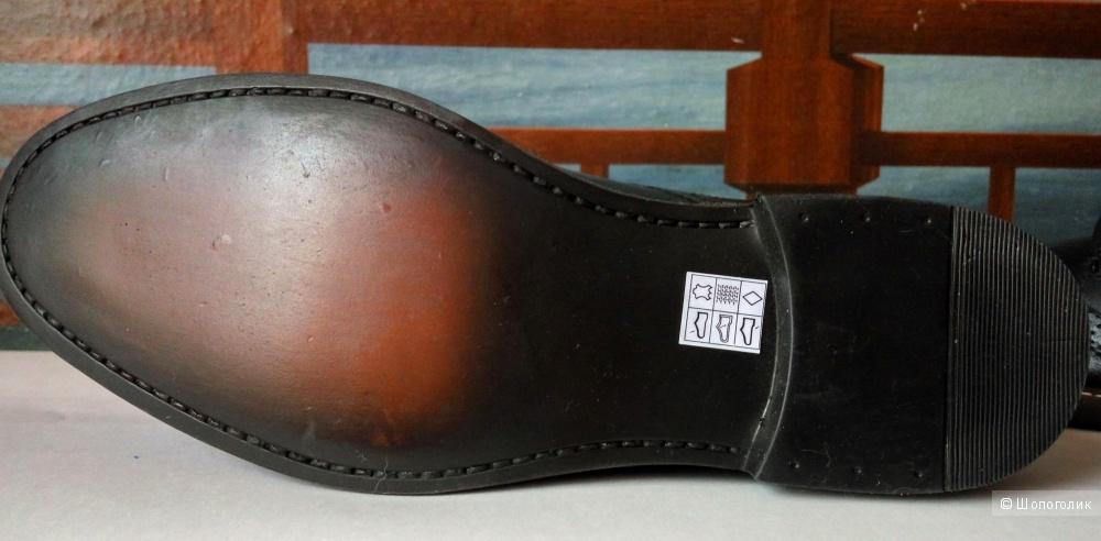 Новые мужские ботинки-броги Red Tape из натуральной кожи.