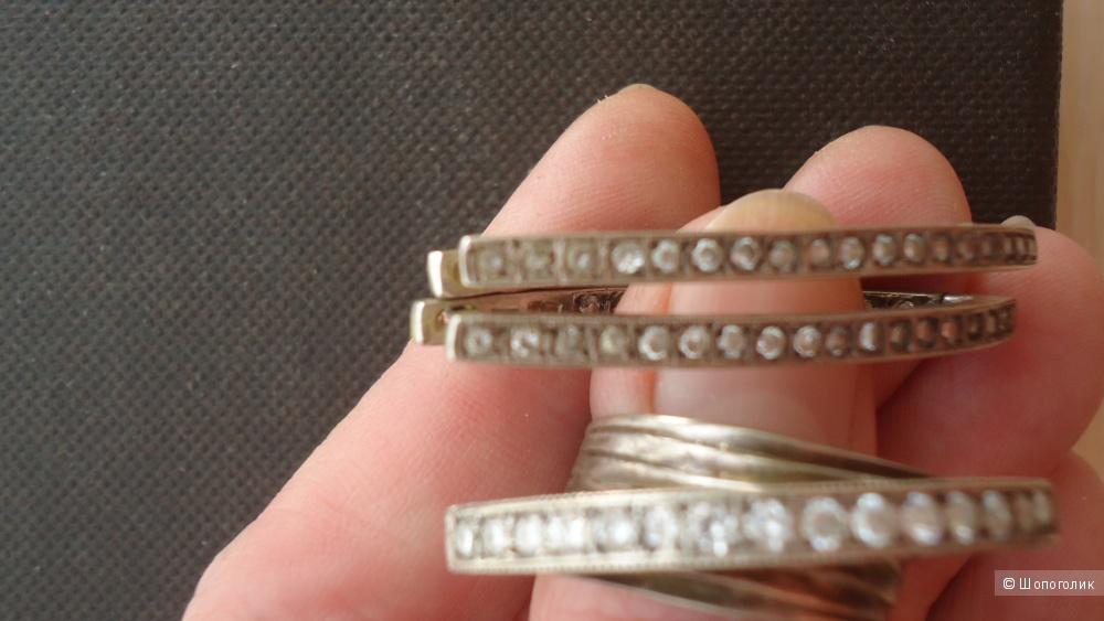 Шикарный серебряный набор с цирконами