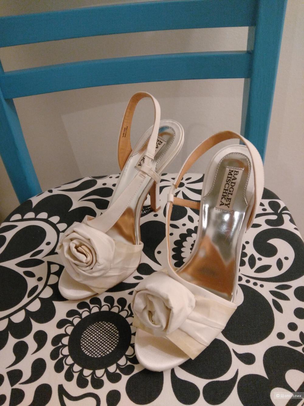 Badgley Mischka новые свадебные туфли 38