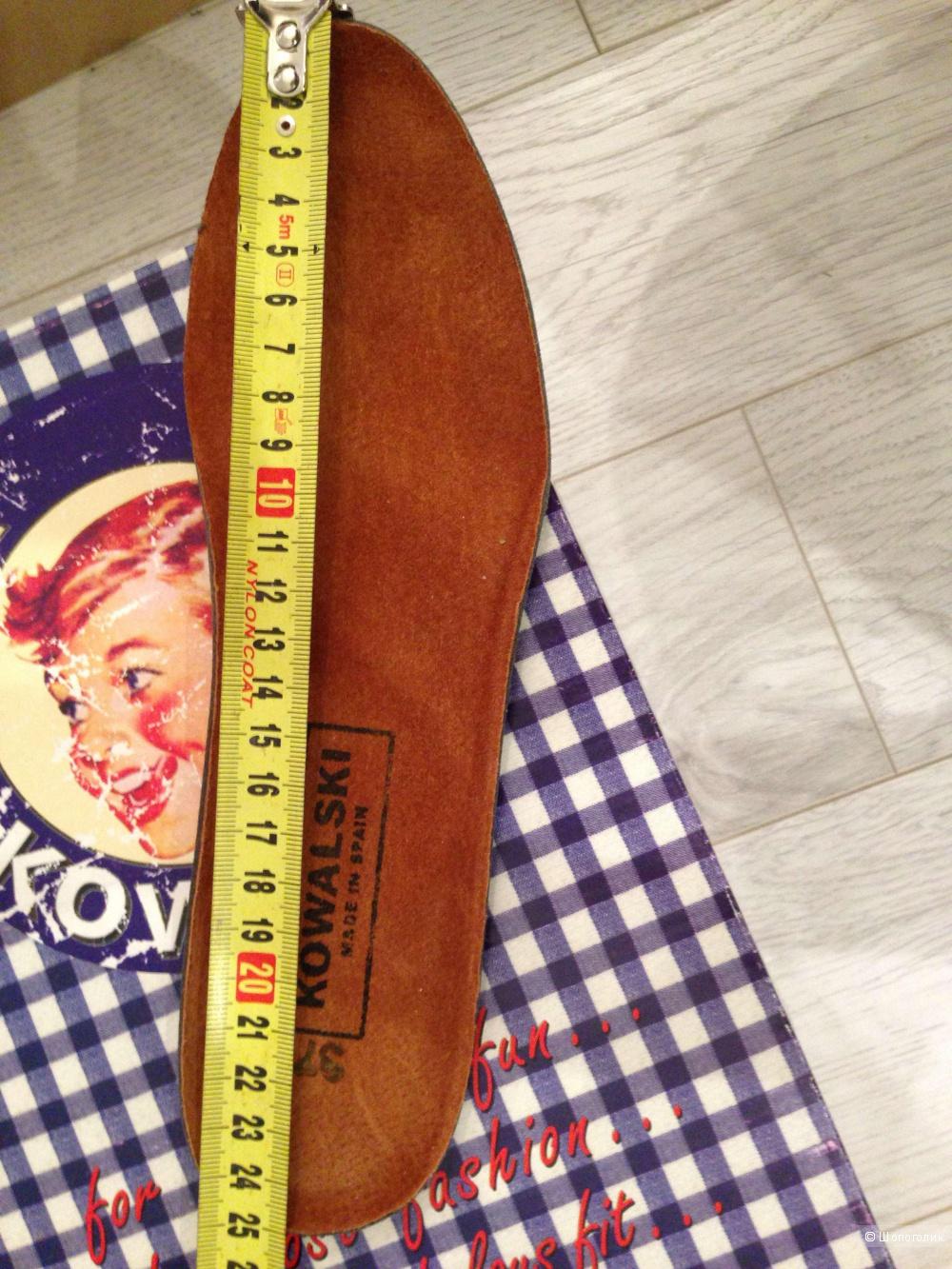 Кроссовки Kowalski, на русский 37,5-38 размер