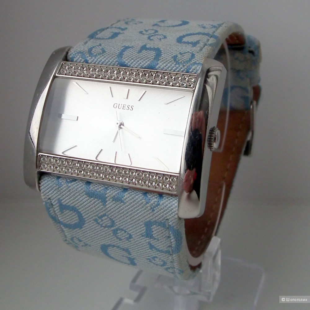 Женские часы Guess с кристаллами Сваровски