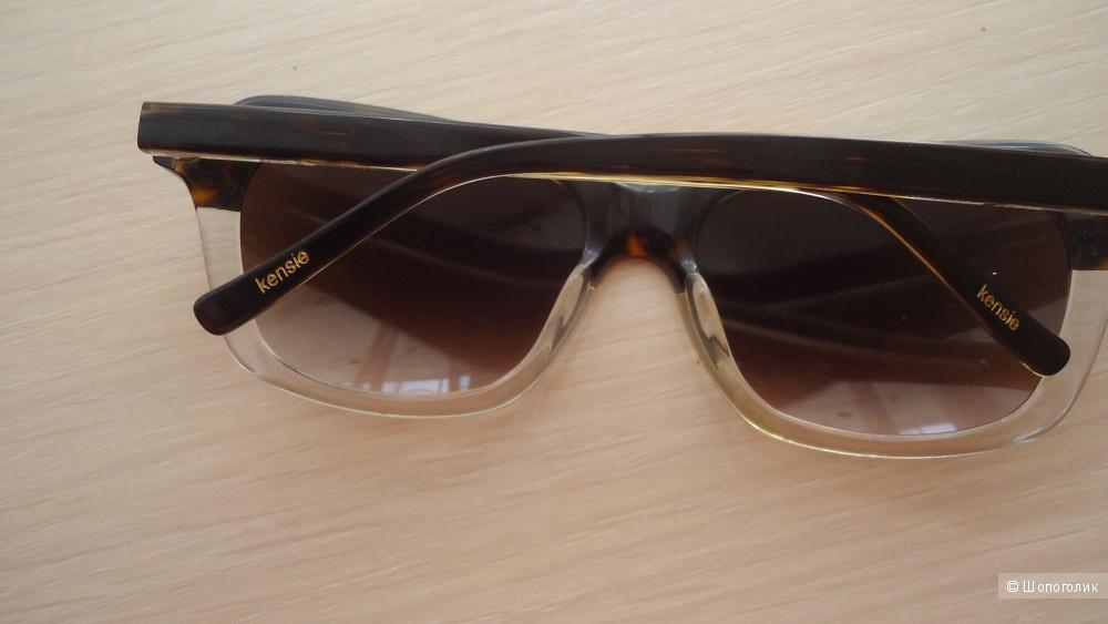 Очки солнцезащитные Kensie