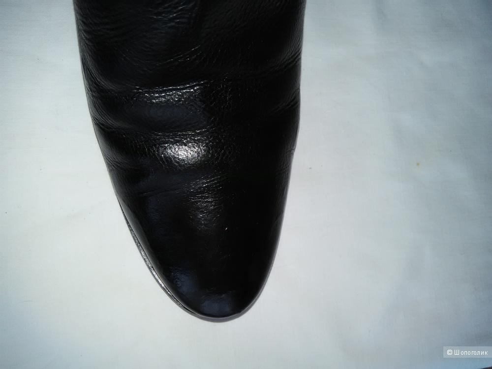 Сапоги LA VENERE (Италия) на танкетке, р. 38, натуральная кожа, натуральный мех, черные