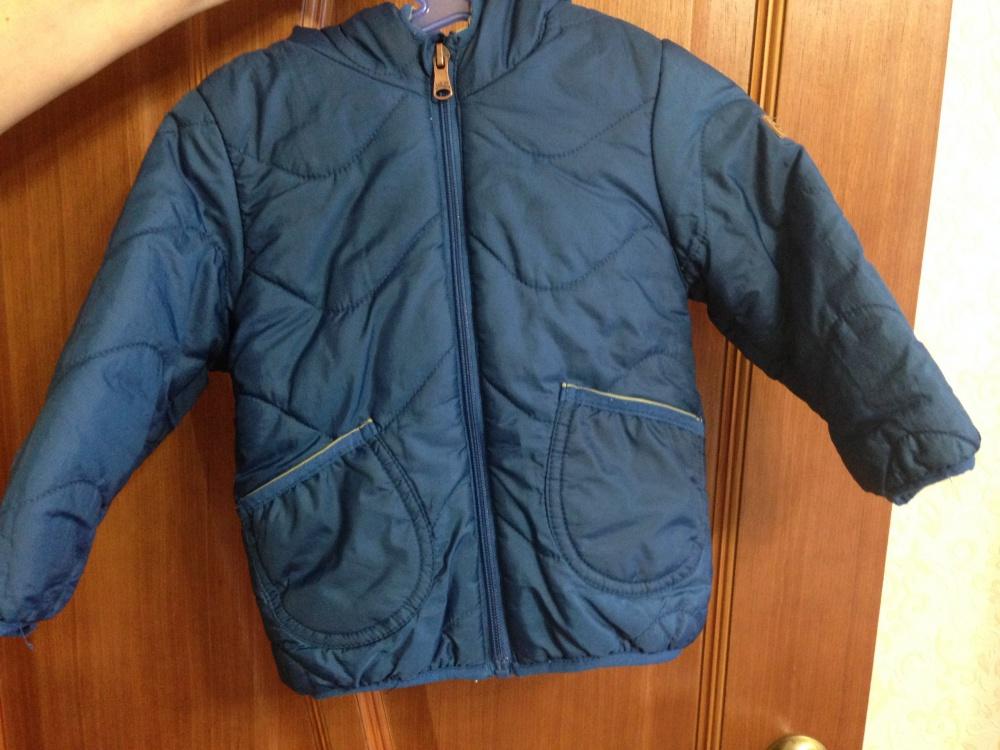 Продам детскую куртку Zara