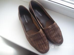 """Туфли на низком каблуке """"Naturalizer"""" (США) размер 38"""