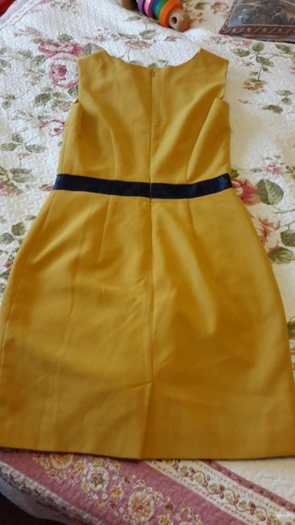 Маленькое платье Reserved размер 38 евро на наш 42-44 б/у