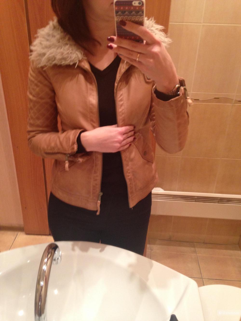 Куртка Zara из экокожи, размер М