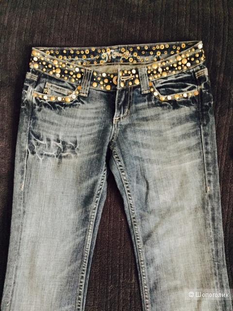 Новые джинсы MISS ME с заклепками