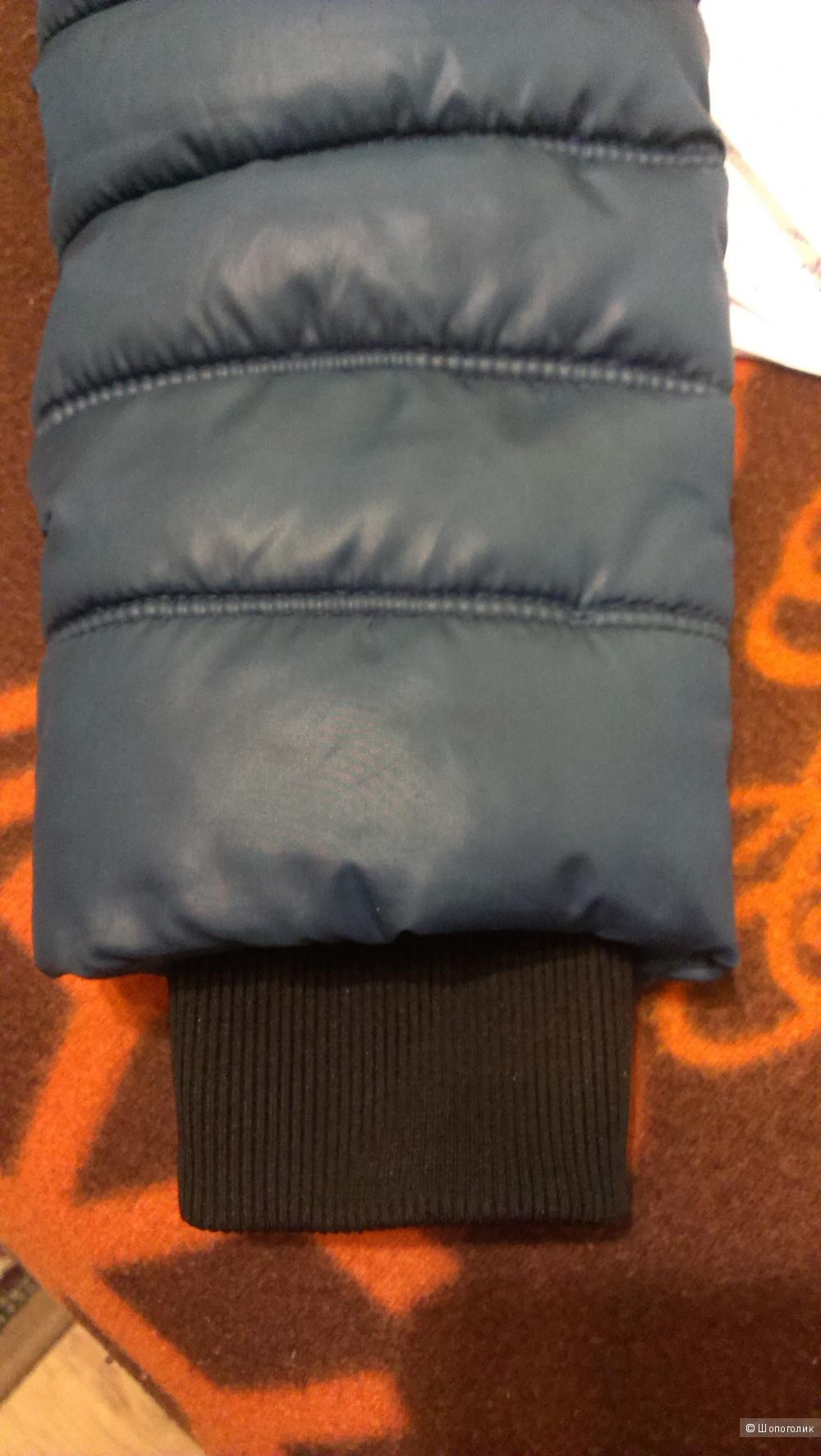 Куртка-пуховик в отличном состоянии