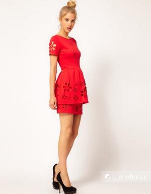 Новое мини-платье Asos с резными цветами (UK8)