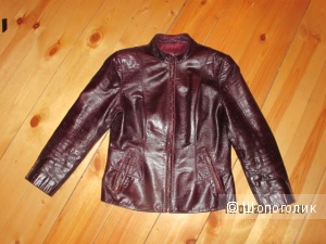Кожаная куртка 40-42 размер