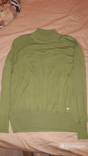 Новый без этикетки свитер шерсть размер 50