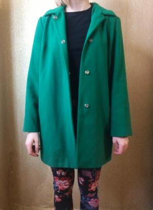 Зелёное пальто ASOS