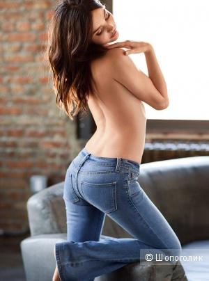 Продаю новые, аутентичные шикарные джинсы Victoria's Secret Викторя Сикрет размер 4 (S-M)