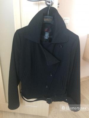 Короткое пальто Victoria's Secret