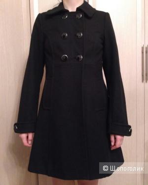 Шерстяное пальто H&M, 34