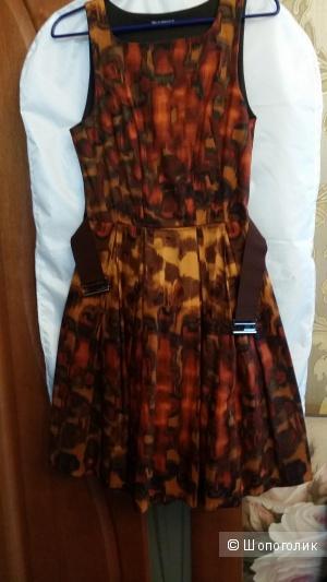 Яркое как огонь платье Rinascimento (Италия) хлопок + эластан 44-46 размера