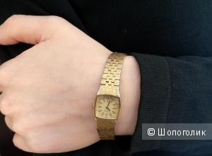 Винтажные позолоченные часы TISSOT