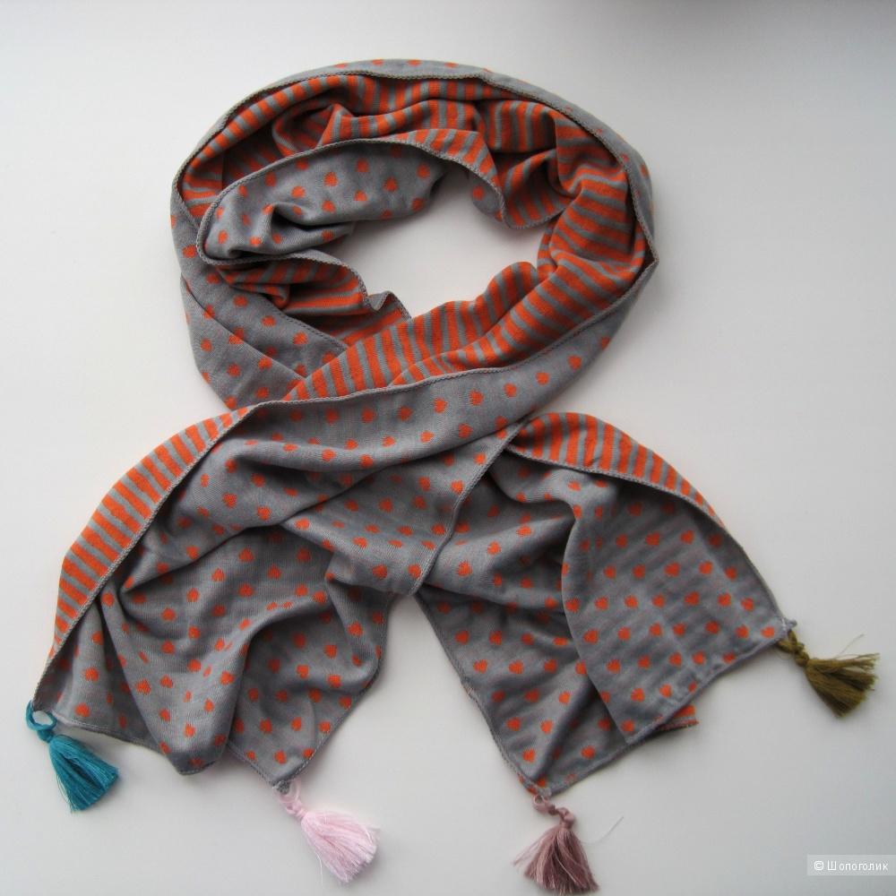 Магазин с шарфами
