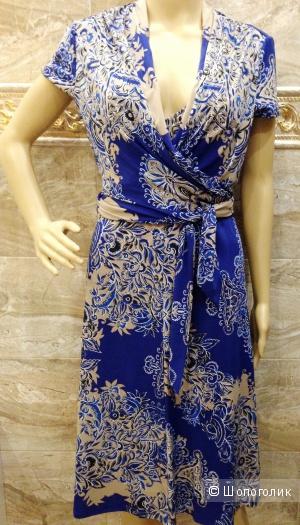 BCBG MAXAZRIA красивейшее платье с запахом на груди р.44 Новое
