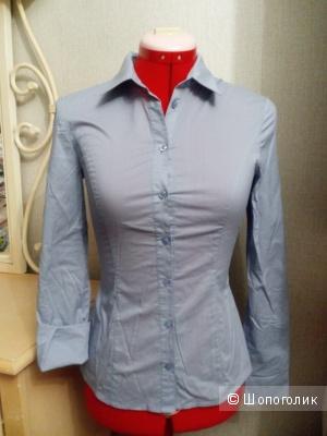 Голубая блуза-рубашка