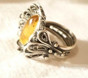 Кольцо серебро янтарь размер 17,5