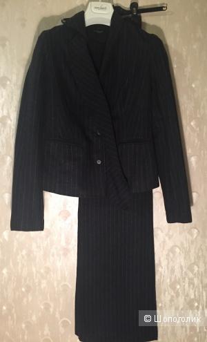 Шерстяной костюм Vassa and Co, размер 42-44