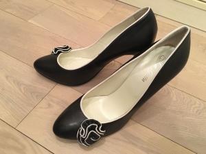 Новые туфли la gatta на р 39 для делового гардероба