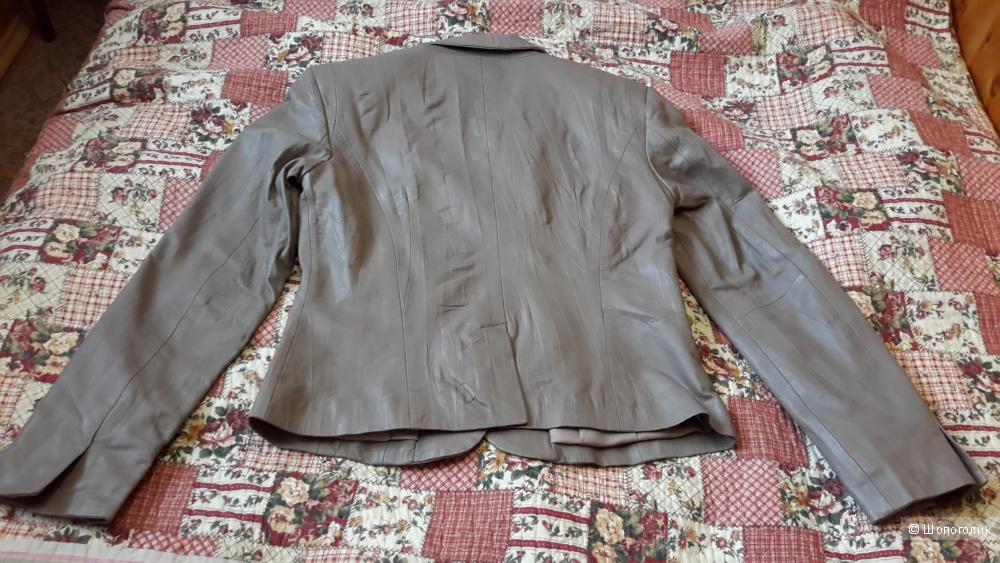 Классная куртка-пиджак кожаная Apart размер 38 евро на наш 44-46