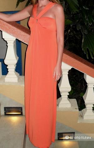Длинное оранжевое платье