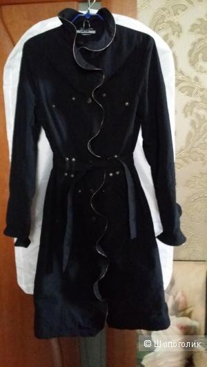 Плащ  винтажный черный 46-48 размер