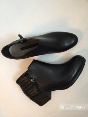 Новые кожаные ботинки French Connection