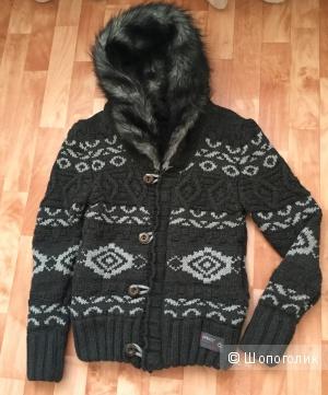 Мужская объемная кофта-куртка 46-48 р-ра