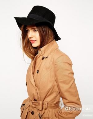 Женская шляпа черного цвета