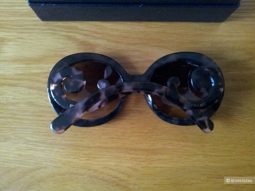 Cолнцезащитные очки Prada новые оригинал