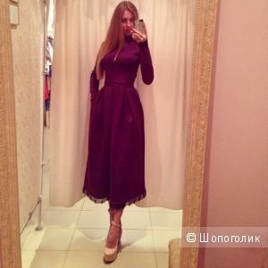 Новое бордовое платье с кружевной оттелкой