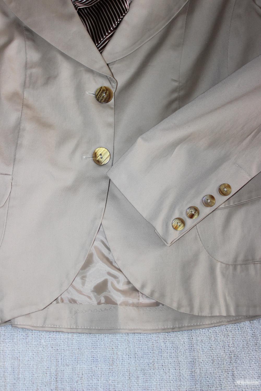 Пиджак бежевый, Италия, размер IT 46 L (RUS 46-48)