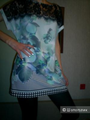 Блузка-туника Rinascimento.