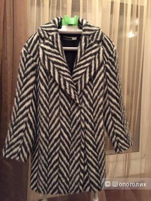 Продам замечательное пальто Sportmax Code