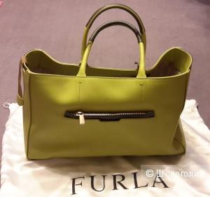 Красивая сумка Furla DIAMANTE Shopper цвет лимонный с оливковым