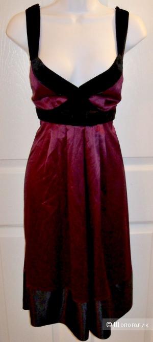 Оригинал. Платье из шелка Banana Republic. размер 44  -46