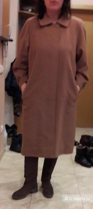 Демисезонное пальто шерсть с кашемиром размера 50 Финляндия