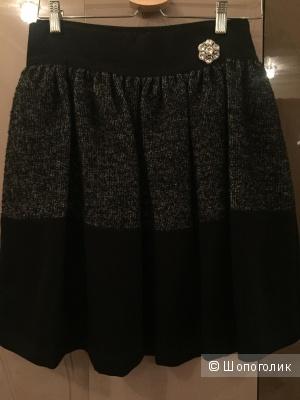 Продам юбку по-во Италия, размер 44-46