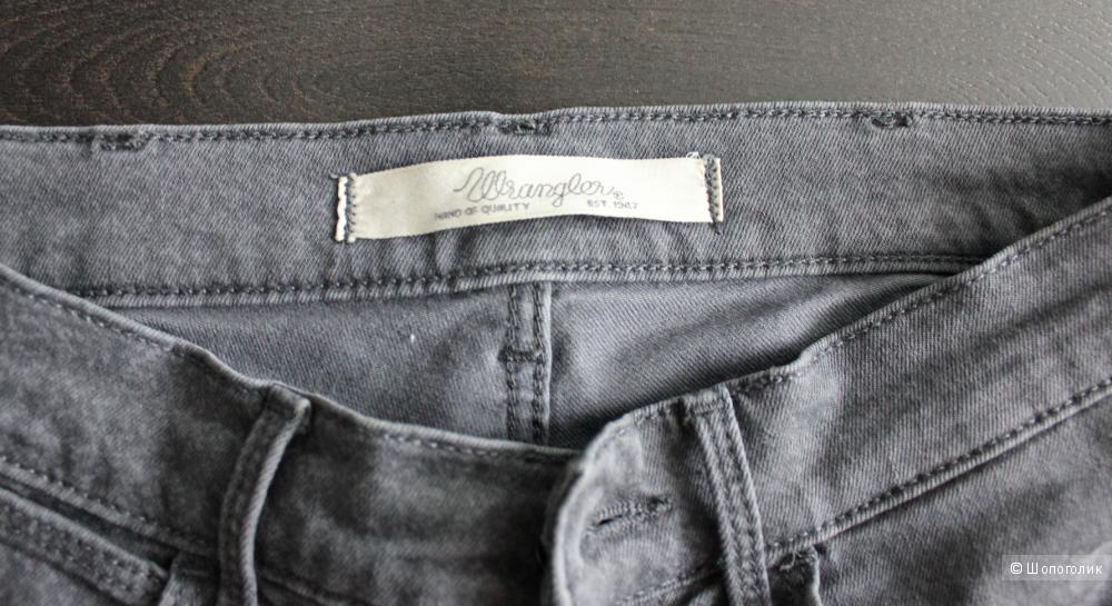 Джинсы Wrangler 25 размер