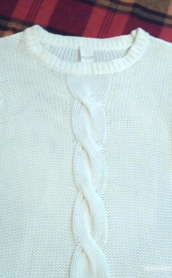 Белый свитер из хлопка